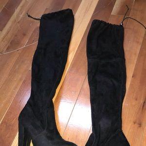 Steve Madden knee high boots, practically new.